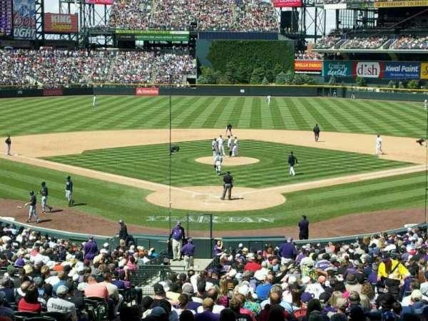 Coors Field, secção: 130, fila: 30, lugar: 19
