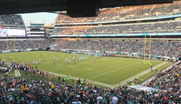 Lincoln Financial Field, secção: LS72, fila: 1, lugar: 1