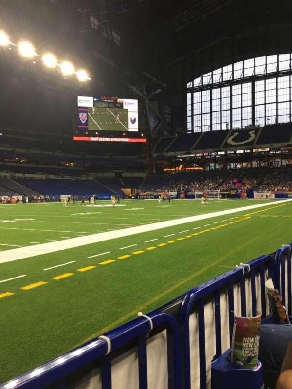 Lucas Oil Stadium, secção: 117, fila: 1, lugar: 17