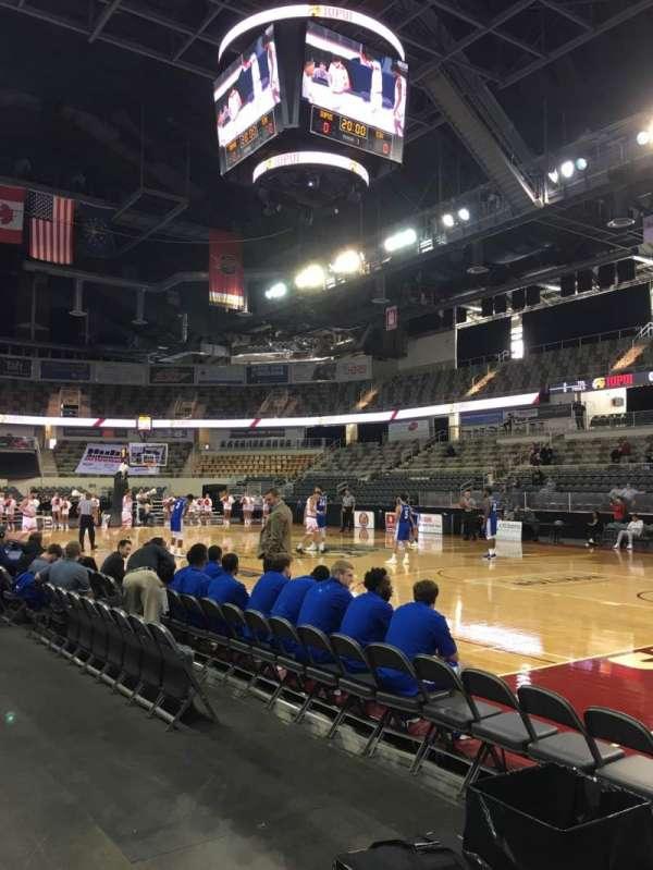 Indiana Farmers Coliseum, secção: 117, fila: A, lugar: 1