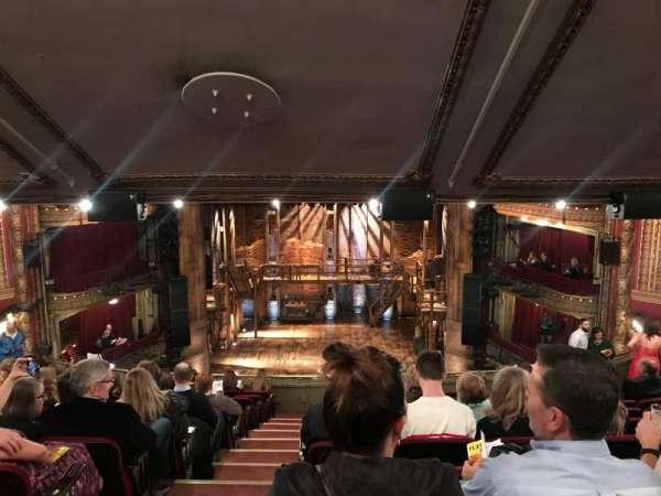 CIBC Theatre, secção: Mezzanine RC, fila: M, lugar: 302