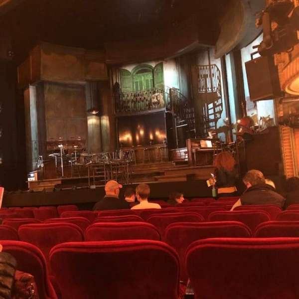 Walter Kerr Theatre, secção: Orchestra R, fila: L, lugar: 14