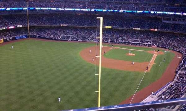 Yankee Stadium, secção: 432b, fila: 1, lugar: 11