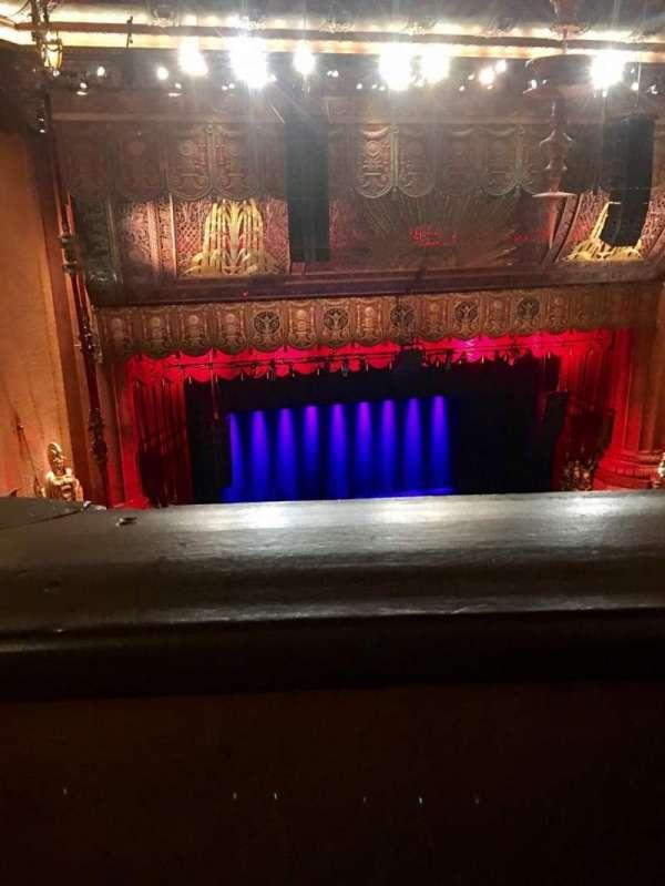 Beacon Theatre, secção: Upper Balcony 1, fila: J, lugar: 17