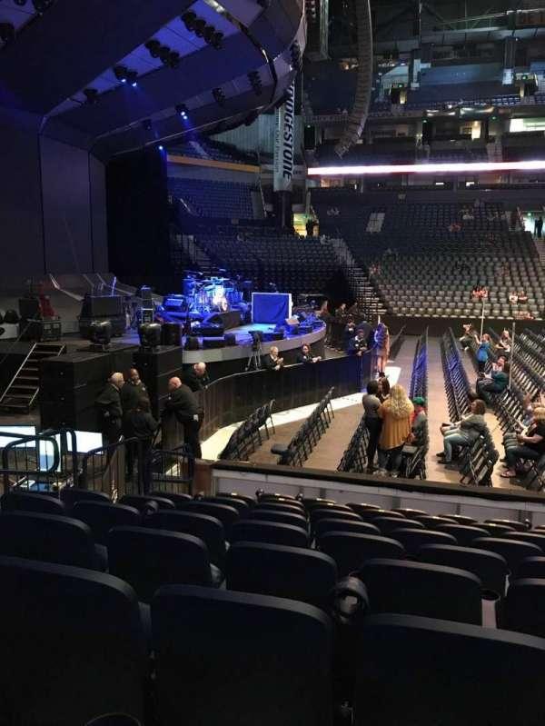 Bridgestone Arena, secção: 114, fila: JJ, lugar: 14