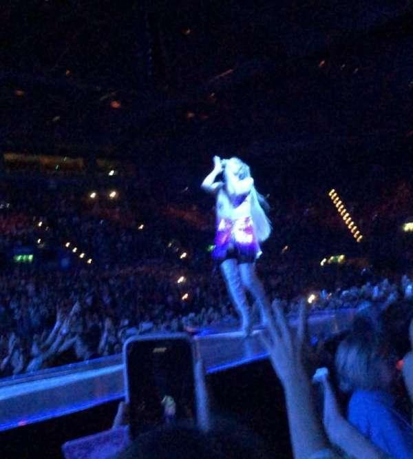 Arena Birmingham, secção: Golden Circle