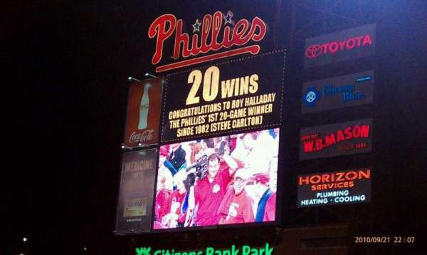 Citizens Bank Park, secção: 103, fila: 4, lugar: 9