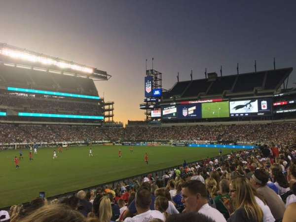 Lincoln Financial Field, secção: 117, fila: 10, lugar: 30