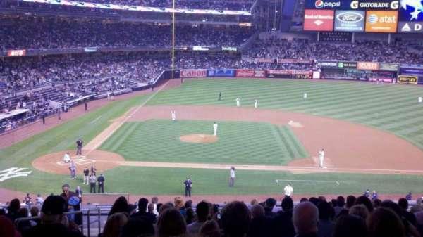 Yankee Stadium, secção: 216, fila: 16, lugar: 17