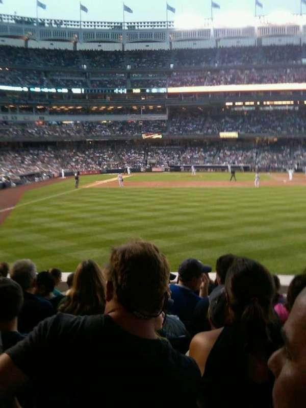 Yankee Stadium, secção: 105, fila: 18, lugar: 16