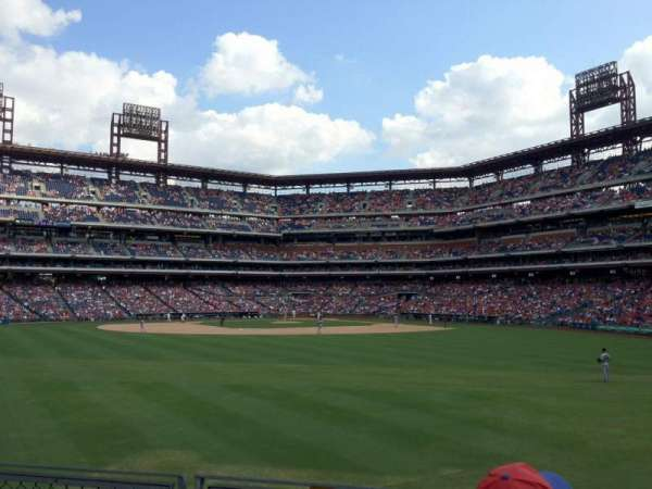 Citizens Bank Park, secção: 147, fila: 3, lugar: 6