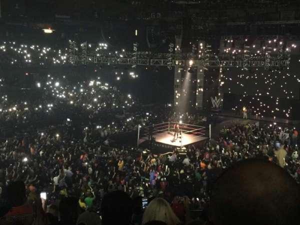 Allstate Arena, secção: 213, fila: J