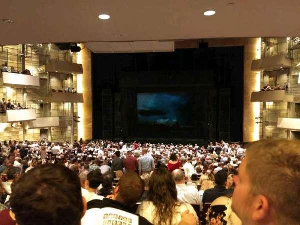 The Buell Theatre, secção: Orchestra-C, fila: VV, lugar: 12