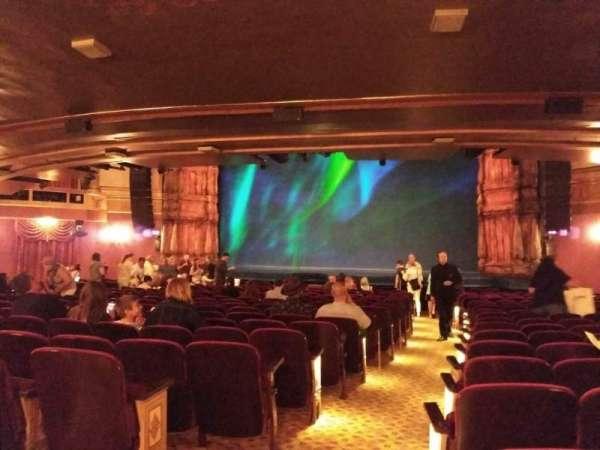 St. James Theatre, secção: Orchestra R, fila: S, lugar: 2