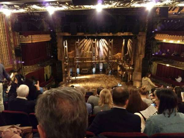 CIBC Theatre, secção: Mezzanine LC, fila: J, lugar: 313