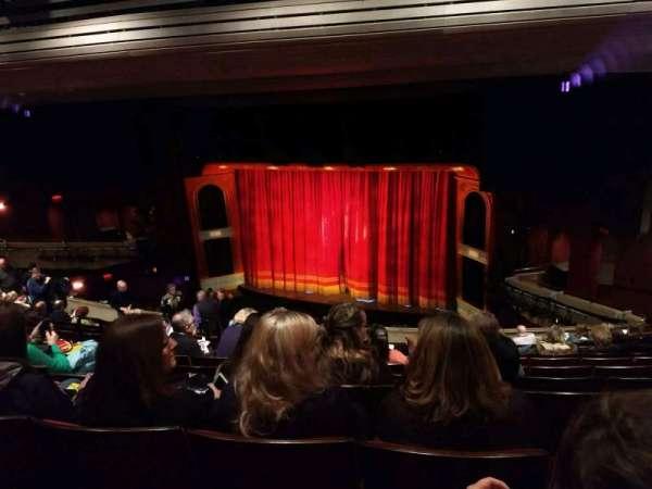 Marquis Theatre, secção: Mezzanine R, fila: M, lugar: 6