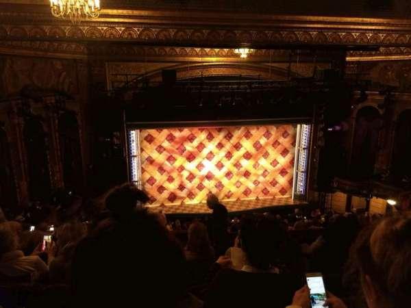 Brooks Atkinson Theatre, secção: Rear Mezzanine LC, fila: K, lugar: 123