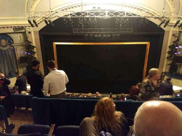 Ambassador Theatre, secção: Rear Mezzanine C, fila: C, lugar: 106