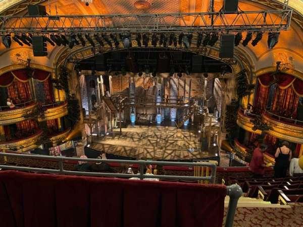 Richard Rodgers Theatre, secção: Rear Mezzanine C, fila: H, lugar: 101