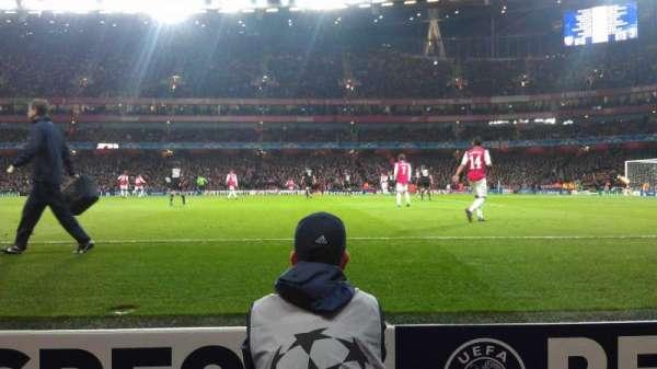 Emirates Stadium, secção: 31, fila: 1