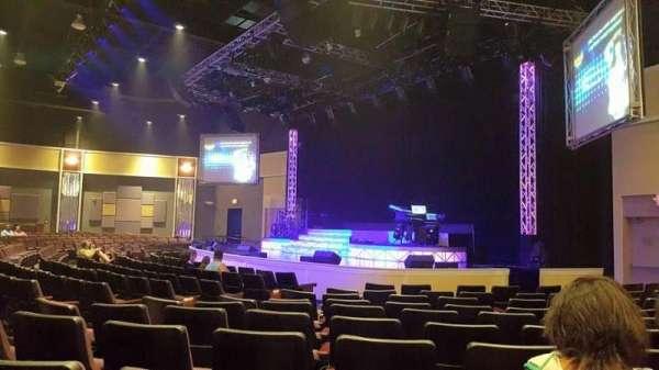 Legends In Concert Theater, secção: AA, fila: VIP Booth, lugar: 2