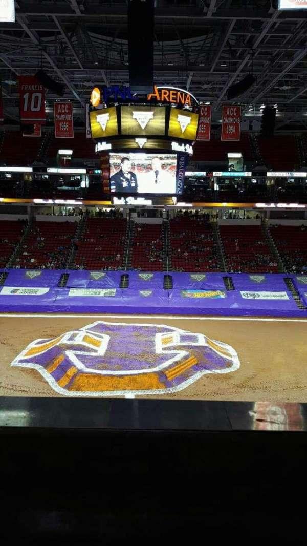 PNC Arena, secção: 220 , fila: a, lugar: 6