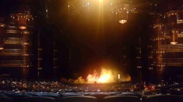 KÀ Theatre - MGM Grand, secção: 220, fila: mm, lugar: 28