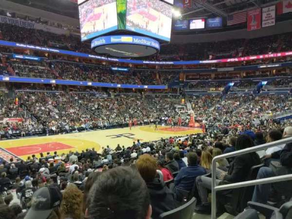 Capital One Arena, secção: 120, fila: O, lugar: 14