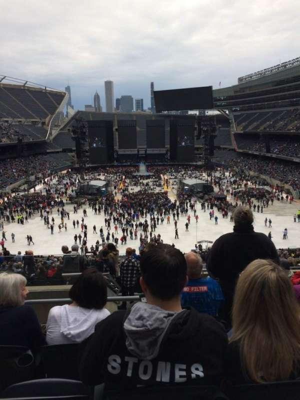 Soldier Field, secção: 322, fila: 10, lugar: 3