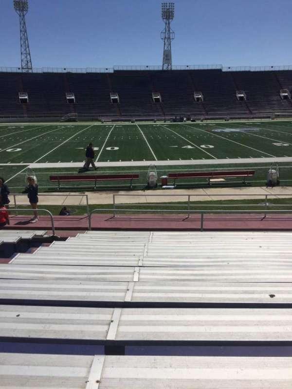 Ladd Peebles Stadium, secção: G, fila: 12, lugar: 22