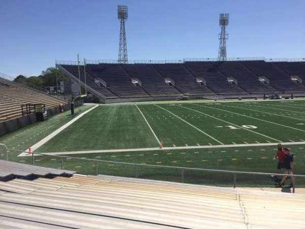 Ladd Peebles Stadium, secção: J, fila: 13, lugar: 14