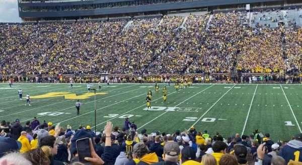 Michigan Stadium, secção: 43, fila: 22, lugar: 4