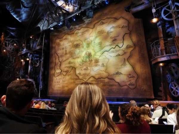 Gershwin Theatre, secção: Orchestra R, fila: D, lugar: 6