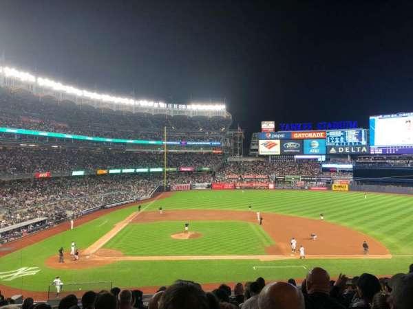 Yankee Stadium, secção: 216, fila: 10