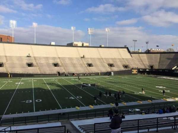 Vanderbilt Stadium, secção: C, fila: 25, lugar: 8