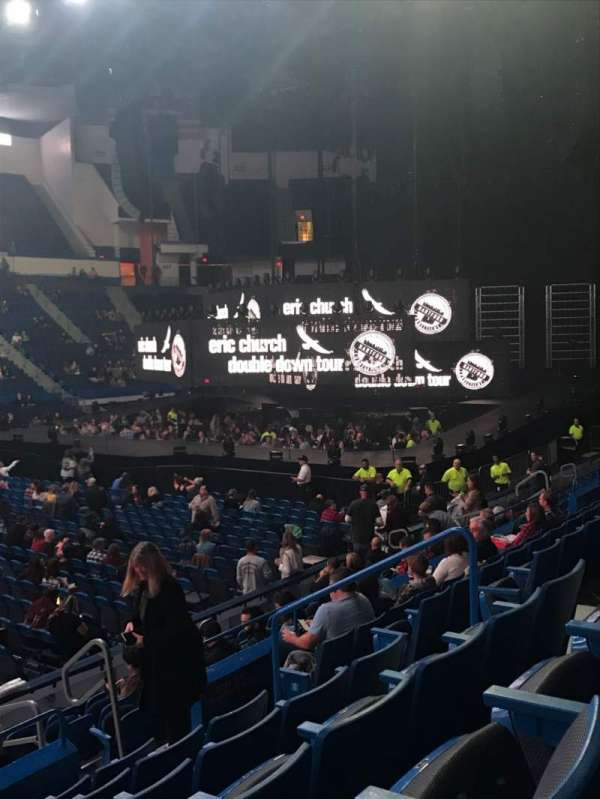 XL Center, secção: 117, fila: M, lugar: 8