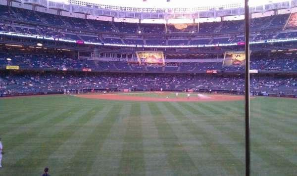Yankee Stadium, secção: Mohegan Sun Sports Bar, fila: 1, lugar: 1