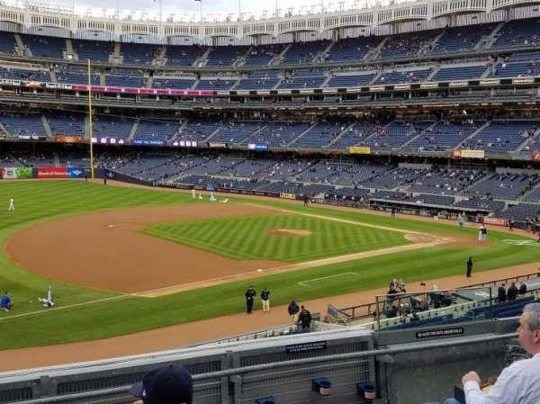 Yankee Stadium, secção: 227B, fila: 5, lugar: 5