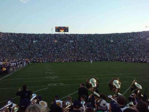 Notre Dame Stadium, secção: 2, fila: 6, lugar: 11