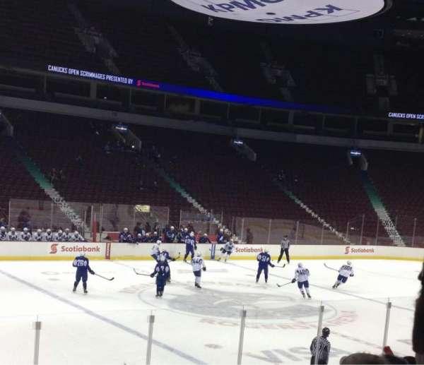 Rogers Arena, secção: 109, fila: 9, lugar: 2