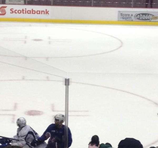 Rogers Arena, secção: 110, fila: 8, lugar: 5