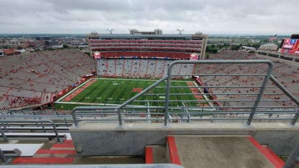 Memorial Stadium (Lincoln), secção: 606, fila: 9, lugar: 1