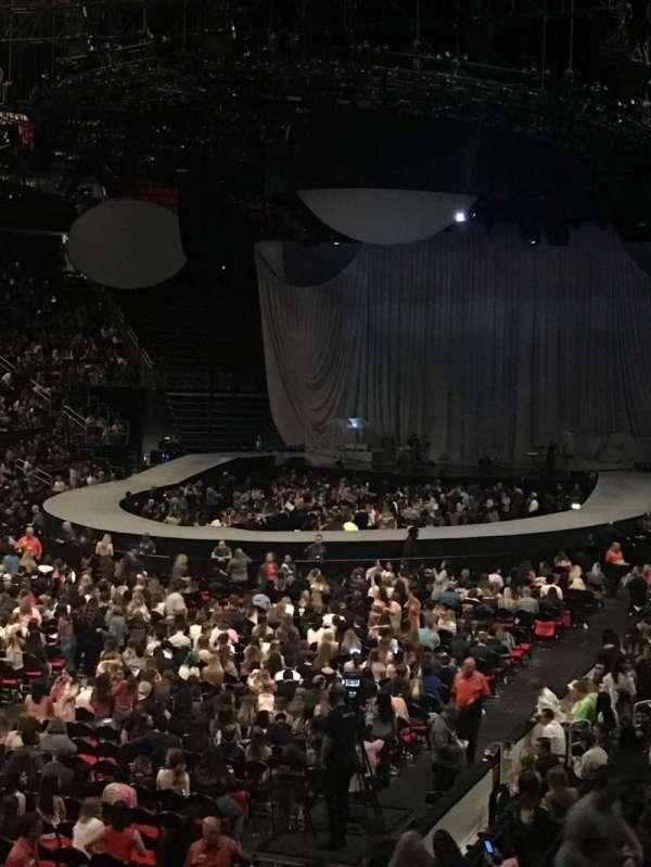 Little Caesars Arena, secção: 114, fila: 18, lugar: 9