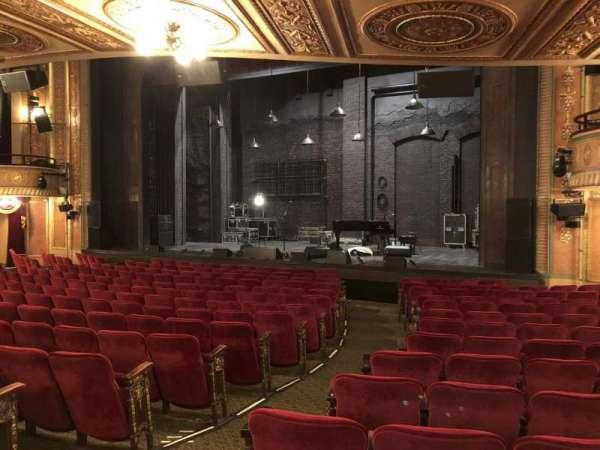Walter Kerr Theatre, secção: Orch R, fila: Q, lugar: 4