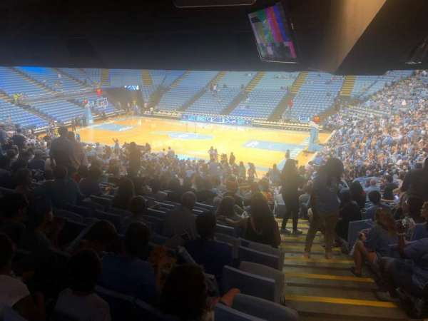 Dean E. Smith Center, secção: 128, fila: 13, lugar: DD