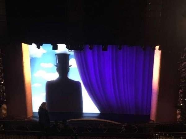 Lunt-Fontanne Theatre, secção: Rear Mezzanine RC, fila: L, lugar: 104