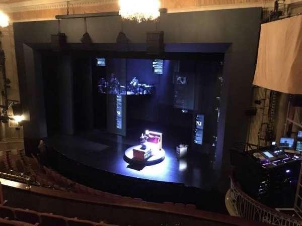 Music Box Theatre, secção: Mezzanine R, fila: F, lugar: 18 and 20