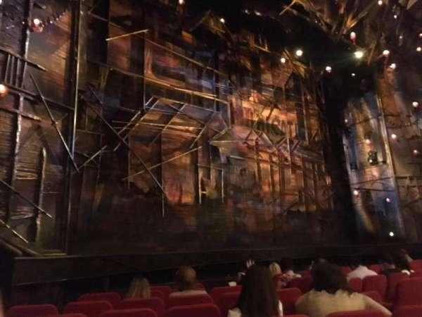 Broadway Theatre - 53rd Street, secção: Orchestra L, fila: I, lugar: 14 And 16