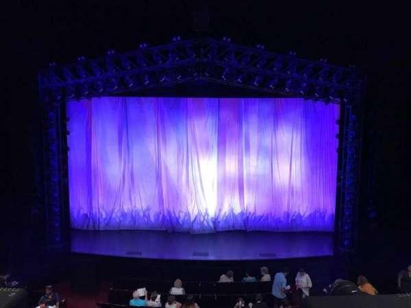 Marquis Theatre, secção: Mezzanine C, fila: A, lugar: 110 & 111