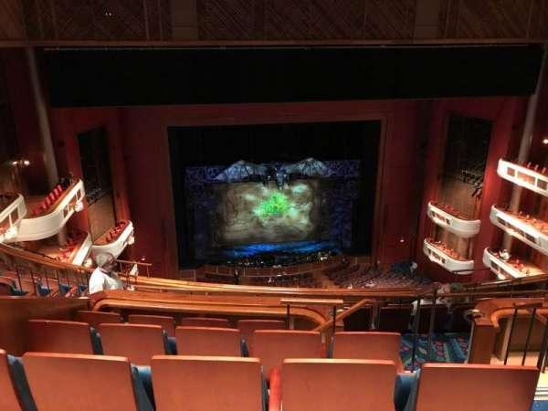 Au-Rene Theatre at the Broward Center, secção: Balcony LC, fila: J, lugar: 101 & 103